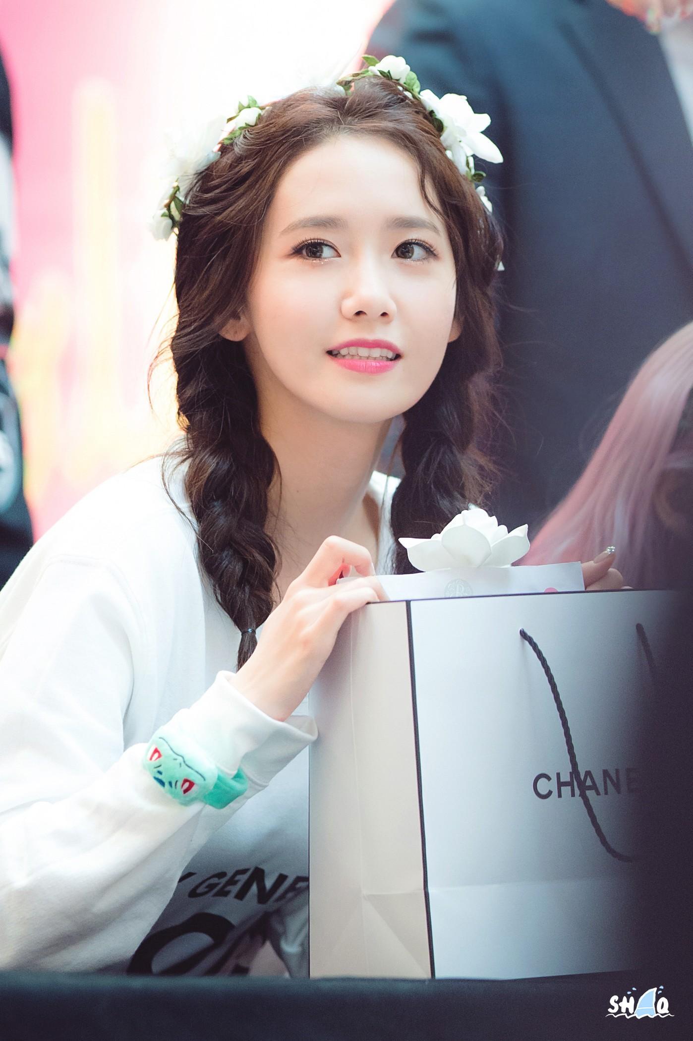 Đã cắt phăng mái tóc dài thì chớ, giờ đây Yoona còn man hơn bao giờ hết-3