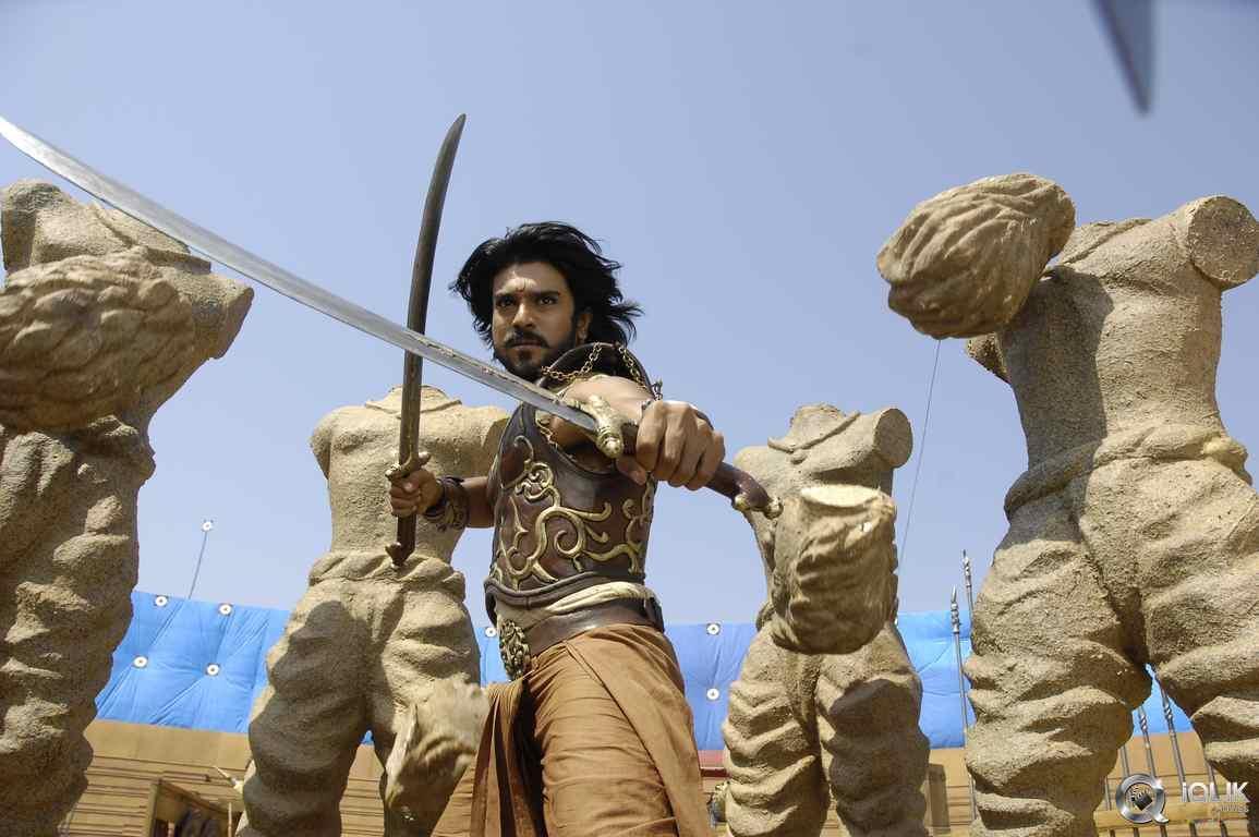 Hollywood cũng phải vái lạy phim Ấn Độ: Cảnh giải cứu ngoạn mục vượt xa sự viễn tưởng-3
