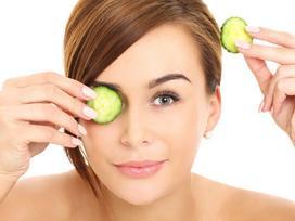 6 mẹo hay giúp phái đẹp giảm quầng thâm mắt