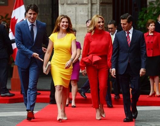 Không chỉ đẹp trai xinh gái, vợ chồng thủ tướng Canada còn đồng điệu về thời trang khi xuất hiện trước công chúng-7