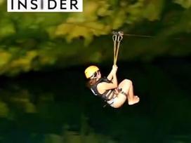 Trượt zipline vào hang động dưới nước ở Mexico