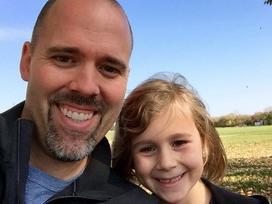 Tức giận vì câu hỏi 'làm sao để giữ chàng', bố liền viết tâm thư gửi con gái