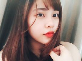 Chỉ ngồi yên và hát, nữ sinh xứ Nghệ  hút trăm nghìn lượt xem khi cover 'Đừng hỏi em'