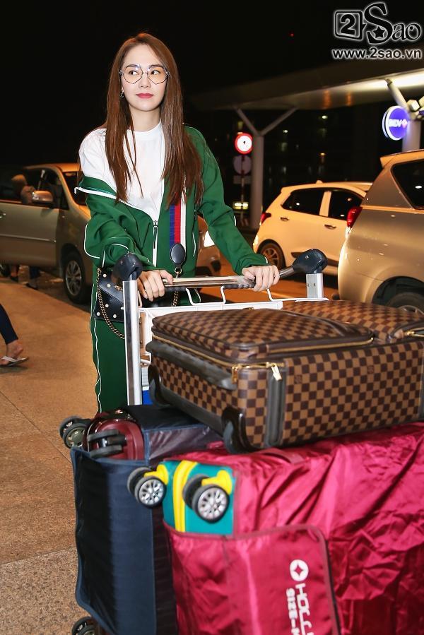 Bay chuyến đêm muộn, Minh Hằng bất ngờ khi có cả fan tí hon ra tiễn-2