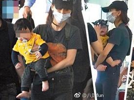 Con trai Angela Baby lộ mặt, cư dân mạng nhận xét giống hệt Huỳnh Hiểu Minh