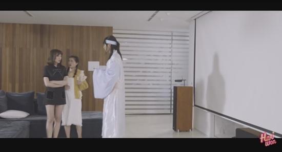 Hari Won nổi điên khi bị người lạ xông vào phòng tắm trong tập 2 của Thiên ý-1
