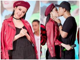 Angela Phương Trinh thừa nhận thích Hữu Vi và hôn anh chàng trước hàng ngàn người