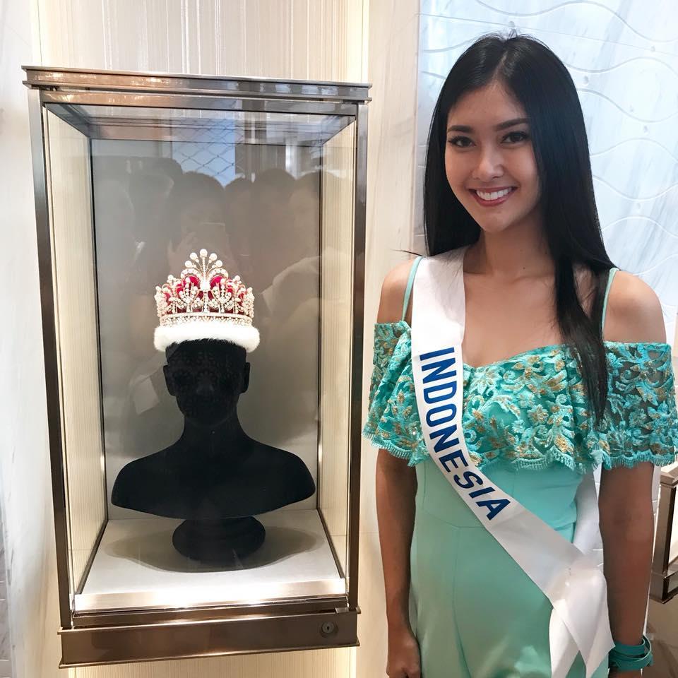 Dung mạo và gu thời trang xuất sắc trong đời thường của tân Hoa hậu Quốc Tế 2017-6