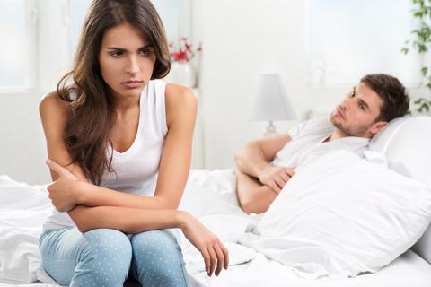 Phải làm gì khi có kẻ thứ 3 xen vào cuộc tình của bạn?-1