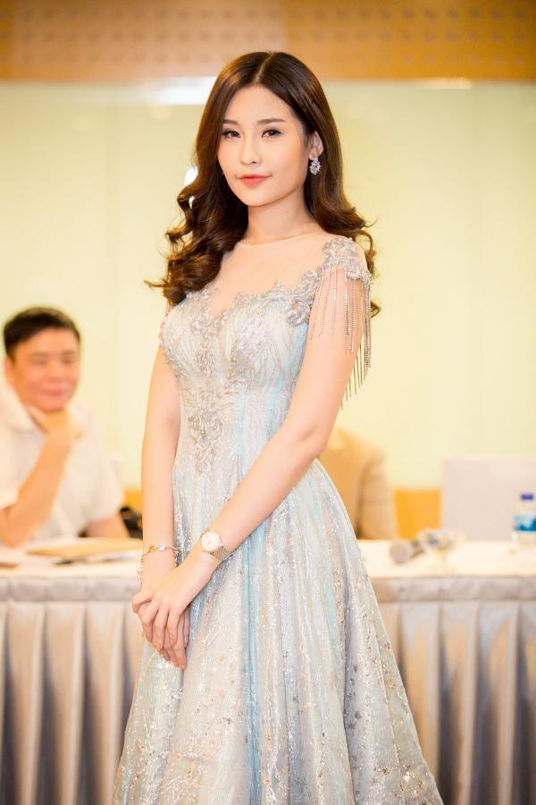 Bị Lê Âu Ngân Anh so sánh khập khiễng, Nguyễn Thị Thành tuyên bố không ủng hộ tân hoa hậu-4