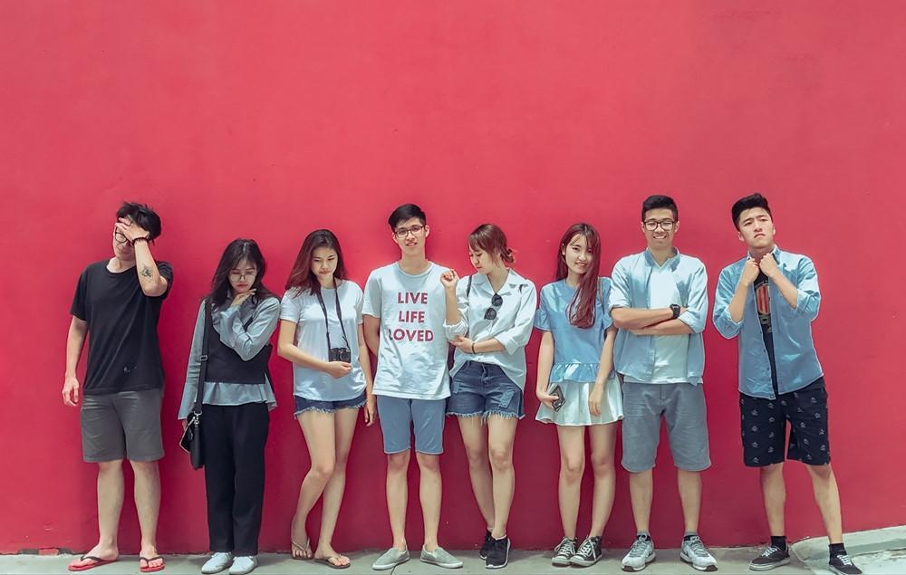 CLB toàn trai xinh gái đẹp tham gia APEC của Học viện Ngoại giao-1