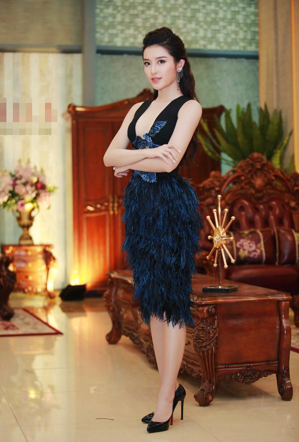 Diện đầm xanh tỏa sáng, Đỗ Mỹ Linh đẹp xuất sắc đứng top 1 thảm đỏ tuần này-3