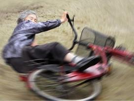 'Thánh photoshop' 89 tuổi chụp ảnh diễn sâu hơn giới trẻ