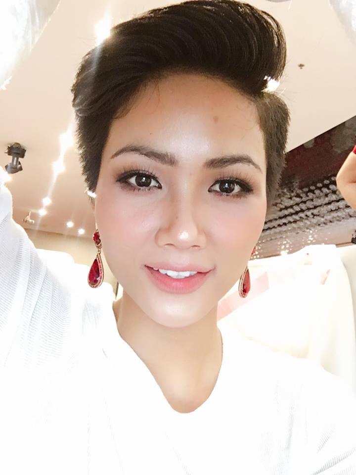 Gu thời trang của HHen Niê - cô gái Ê Đê hot nhất Hoa hậu Hoàn vũ Việt Nam 2017-7