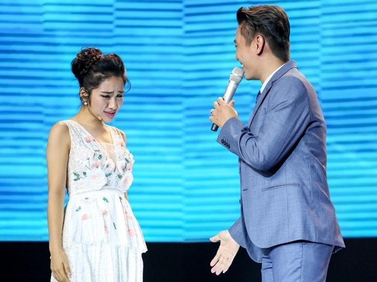 Cặp đôi hoàn hảo: Hòa Minzy để mất trai đẹp vào tay Giang Hồng Ngọc