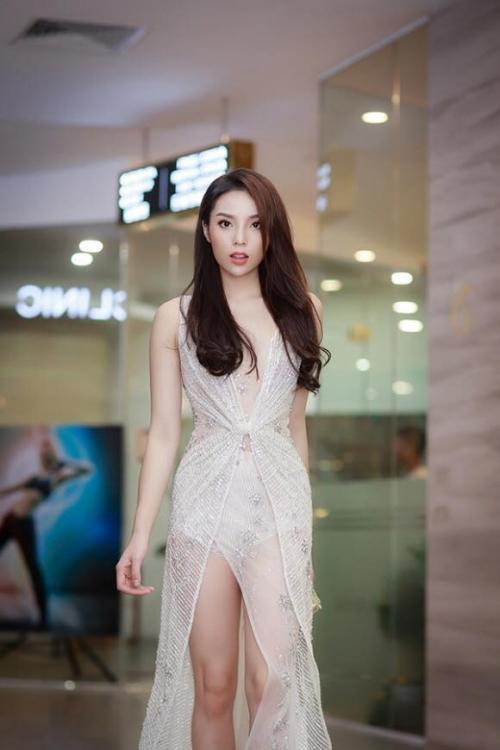 Vượt trội hot girl Sam khi diện chung váy, Kỳ Duyên ngời ngời đẳng cấp-4