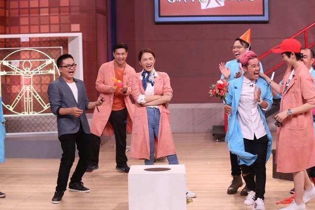 Tiểu phẩm triệu view: Đố bạn nhịn cười trước bài hát Hút hầm cầu của Thanh Duy-2