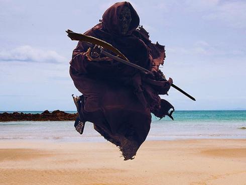 Thần chết nổi tiếng trên mạng với loạt ảnh sống ảo 'bá đạo'