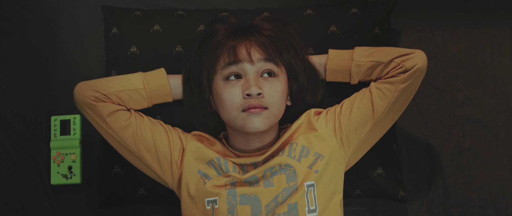 Cậu bé đáng yêu như thiên thần trong MV Đã lỡ yêu em nhiều của JustaTee là ai?-4