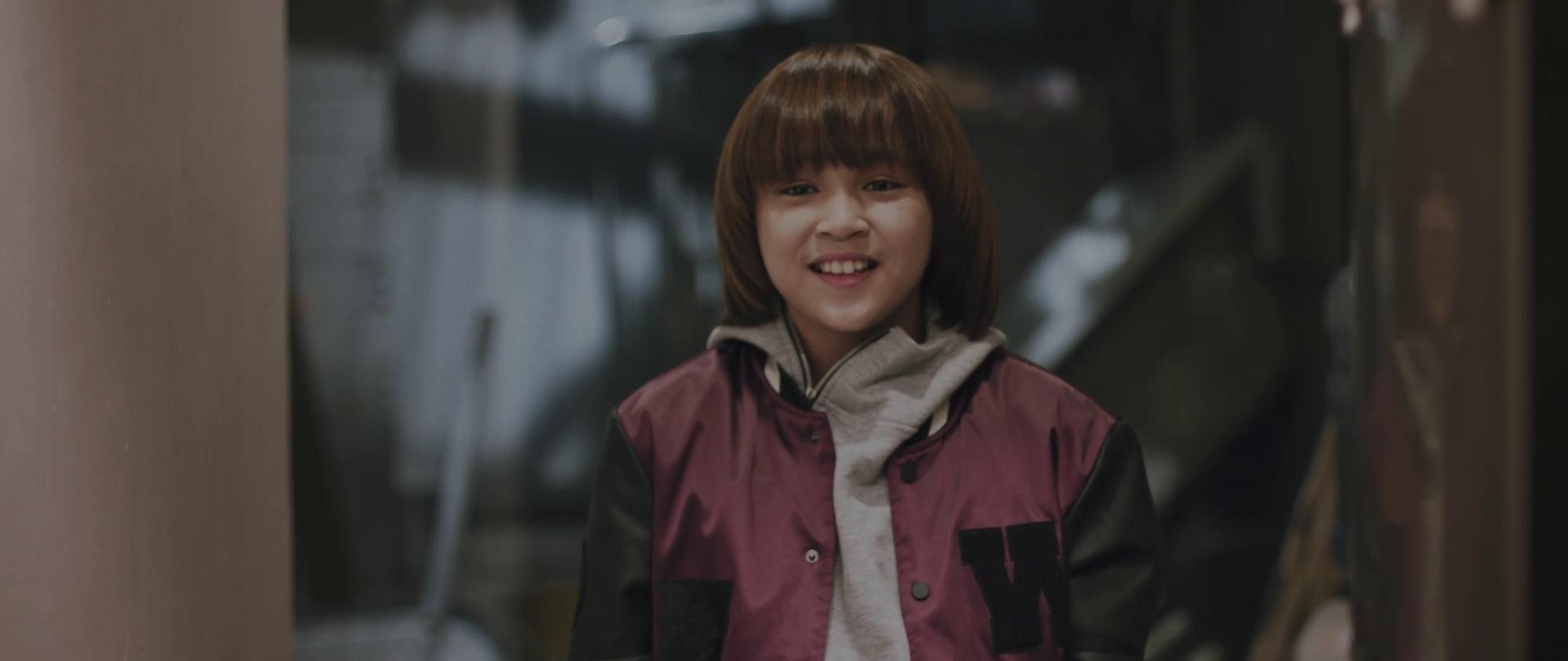 Cậu bé đáng yêu như thiên thần trong MV Đã lỡ yêu em nhiều của JustaTee là ai?-6