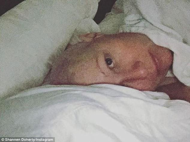Mỹ nhân Phép thuật sau 19 năm: Chị ung thư vú, em từng bị xâm hại tình dục-3