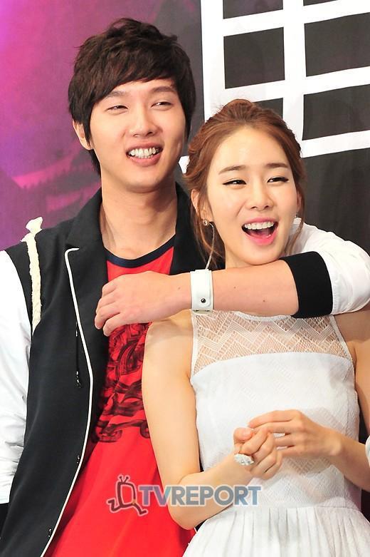 Hyun Bin - Song Hye Kyo, Lee Min Ho - Suzy đều chia tay vì nhập ngũ-7