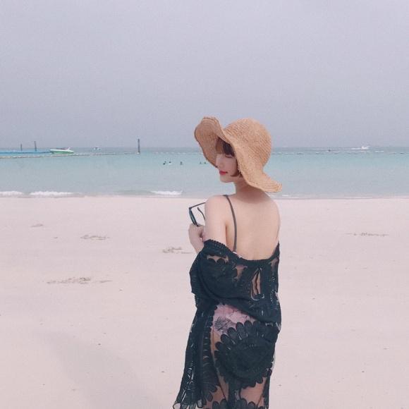 Hot girl - hot boy Việt 18/11: Minh Châu say sưa song ca cùng gái xinh trong ô tô-6
