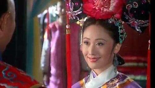 Nữ diễn viên từng phá thai để được đóng Hoàn Châu cách cách bây giờ ra sao?-3