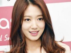 Sao Hàn: Park Shin Hye thu hút sự chú ý với vẻ ngoài xinh ngất ngây