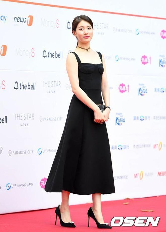 Cùng một chiếc đầm Dior: Triệu Lệ Dĩnh bị chê tới tấp, Suzy thì đẹp rạng ngời dù đã chia tay Lee Min Ho-3
