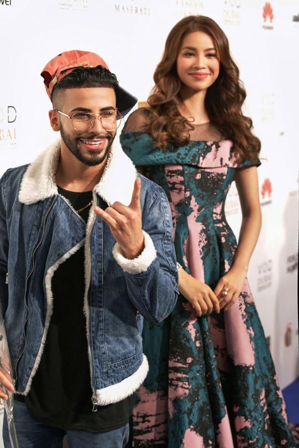 Minh Hằng đeo kim cương 20 tỷ đồng đẹp 'bất phân thắng bại' trên thảm đỏ Arab Fashion Week-4