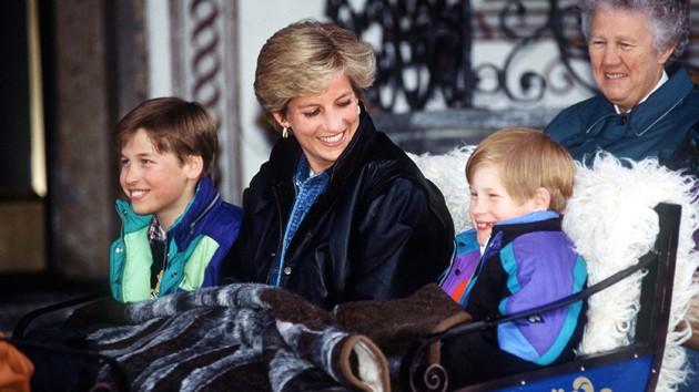 Có lần Hoàng tử Harry bệnh nặng phải nhập viện, hành động của Công nương Diana đã khiến nhiều người bất ngờ-2