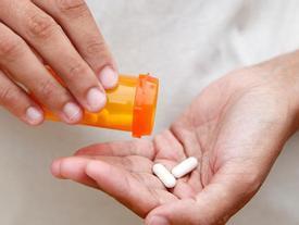 4 điều chị em không nên làm khi đang uống kháng sinh