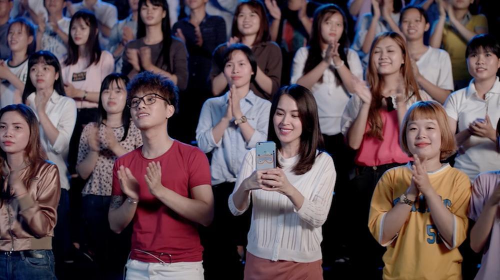 Cư dân mạng chê Glee hát Không cảm xúc của Hồ Quang Hiếu như cãi nhau-2