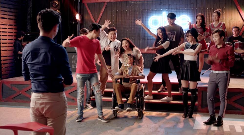 Cư dân mạng chê Glee hát Không cảm xúc của Hồ Quang Hiếu như cãi nhau-3