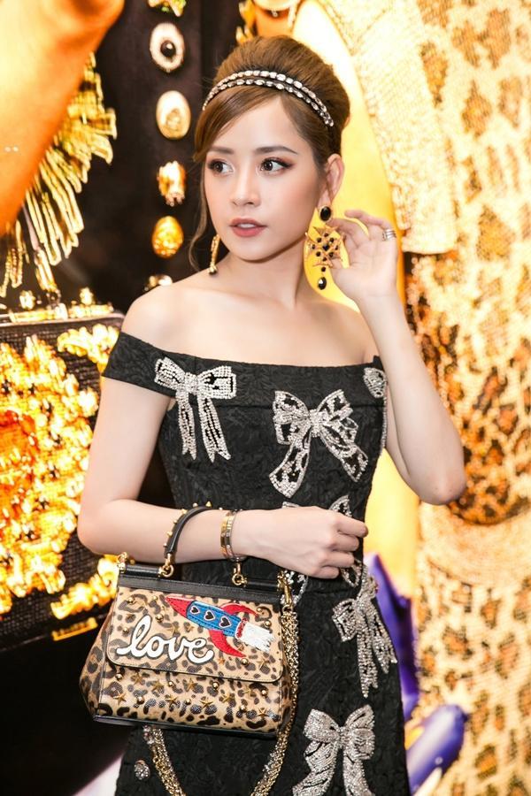 Chi Pu đụng váy 115 triệu với Thảo Tiên - đệ nhất Rich kids of Vietnam, mỗi người mặc lại ra một phong cách-3