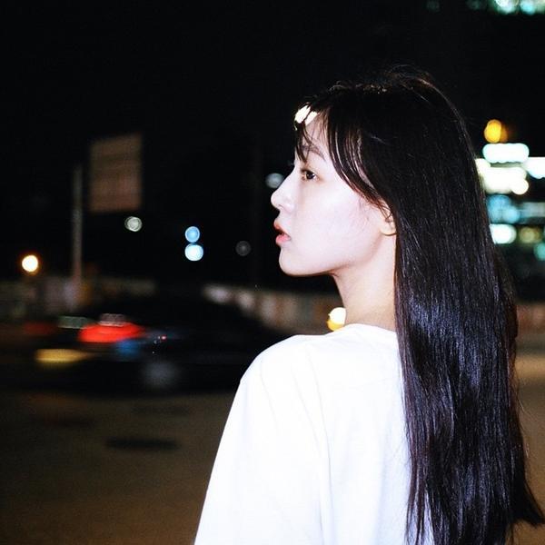 Cô bạn Hàn Quốc tóc ngắn xinh như bước ra từ tiểu thuyết-6
