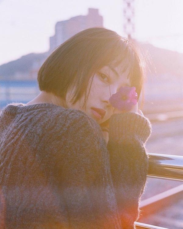 Cô bạn Hàn Quốc tóc ngắn xinh như bước ra từ tiểu thuyết-7