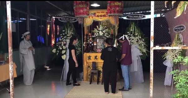 Quyền Linh, Lê Tuấn Anh về Long An viếng Nguyễn Hoàng-5