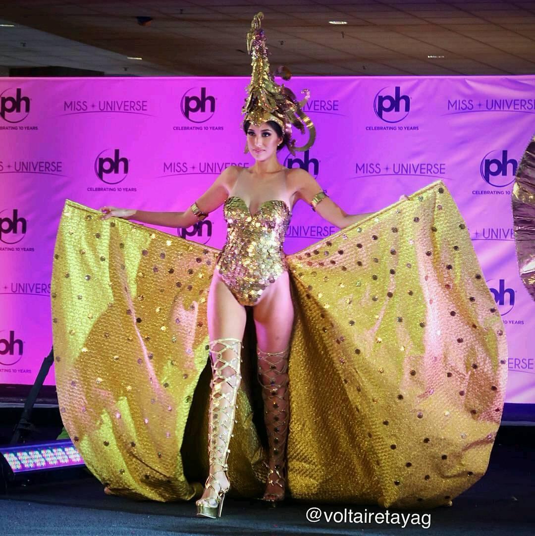 Nguyễn Thị Loan tỏa sáng khi trình diễn quốc phục tại Miss Universe 2017-4