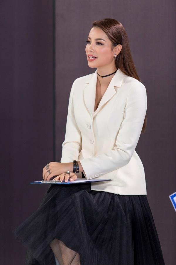 Kỳ Duyên áp đảo khi thắng Phạm Hương trong màn giành thí sinh The Look-2