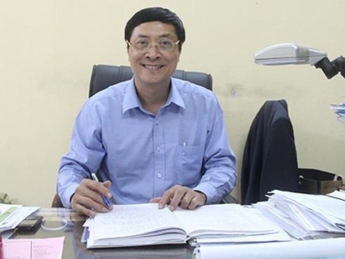 Thầy hiệu trưởng trường THPT Việt Đức: 'Ai cũng có thể trở thành người thầy của ta'