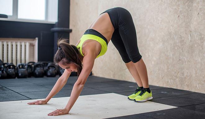 Những tư thế yoga kết hợp chạy bộ giúp việc tập luyện của bạn hiệu quả hơn bao giờ hết-2