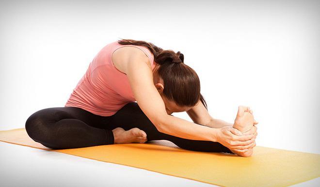 Những tư thế yoga kết hợp chạy bộ giúp việc tập luyện của bạn hiệu quả hơn bao giờ hết-3