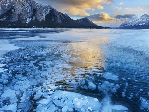 Những hồ nước nhân tạo tuyệt đẹp trên thế giới