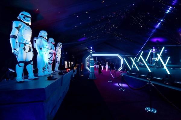 Ngô Thanh Vân và diễn viên phim Star Wars hội ngộ tại bữa tiệc điện ảnh hoành tráng-3