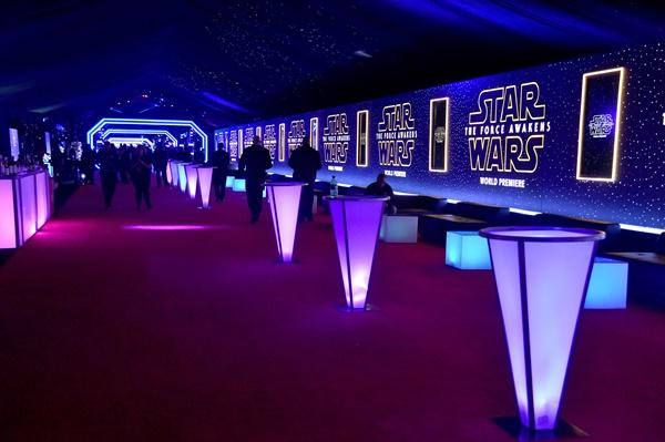 Ngô Thanh Vân và diễn viên phim Star Wars hội ngộ tại bữa tiệc điện ảnh hoành tráng-4