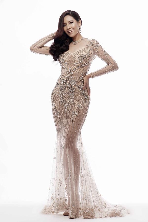 Xem trước loạt trang phục dạ hội của Nguyễn Thị Loan tại Miss Universe 2017-8