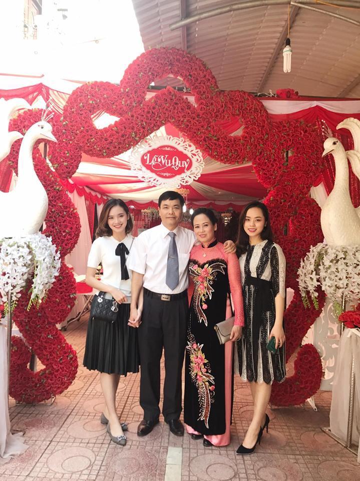 Cảm động trước lời chúc 20/11 của top 10 Hoa hậu Việt Nam 2016 Trần Tố Như dành cho mẹ ruột-2