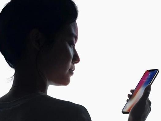 Công năng bất ngờ của Face ID ở iPhone X